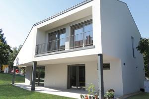 e4 ház  kész épület